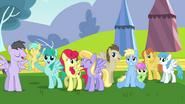 S02E22 Rainbow Dash zaimponowała pozostałym pegazom