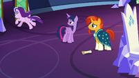 Starlight Glimmer runs out of the throne room S7E24