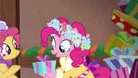 Earth pony passes gift along to Spirit of HW Presents S6E8