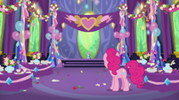 Pinkie Pie in the dining hall after the party S7E1