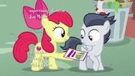 S07E21 Apple Bloom daje Rumble'owi ulotkę