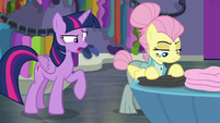 """Twilight """"act this way for these customers"""" S8E4"""