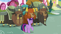 """Twilight '""""They're working hard to make your traditional Yakyakistan cake"""" S5E11"""