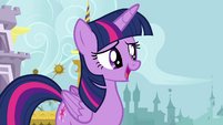 Twilight talking to her friends S4E01