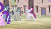 Villagers join Starlight in marching S5E1