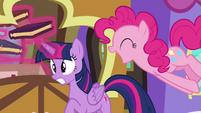 Pinkie Pie startling Twilight S4E22