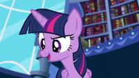 Twilight offers to teach Hayscartes' method S5E12