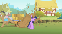 Twilight splashed with mud S1E15