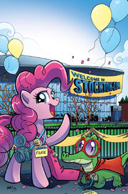 Comic issue 9 Stockton Con 2013 cover textless.jpg