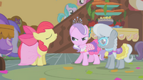 """Diamond Tiara and Silver Spoon """"compliment"""" Apple Bloom's dress S01E12"""