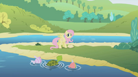 Fluttershy at the lake S1E05