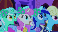 Looking out for the bouquet S2E26