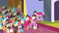 """Pinkie """"the bakers are super grouchy"""" S9E24"""