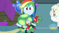 Rainbow confused by Fluttershy's commentary EGDS36