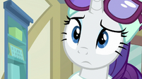 Rarity looking puzzled at Derpy MLPBGE