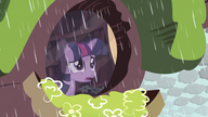 S03E13 Twilight patrzy przez okno