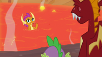 Smolder invites Spike and Garble to join her S9E9