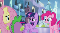 Twilight questioning her role as a princess S4E25