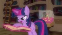 Twilight reads Star Swirl's spell S03E13