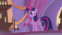 "Twilight ""look towards Equestria's future"" S9E17"