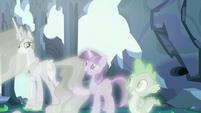 "Twilight Sparkle ""she can help them adjust"" S7E1"