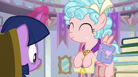 Cozy Glow with hooves full of mail S8E25