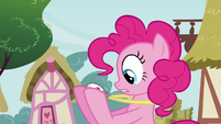 Pinkie Pie gasp at stopwatch S3E3
