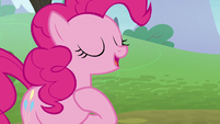 Pinkie Pie introducing herself again S8E3