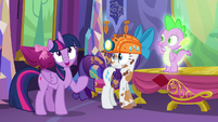 Twilight --We are sadly lacking any information on dragon culture and customs-- S6E5