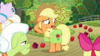"""Applejack """"can't think of anything else"""" S9E10"""