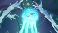 Magic shrinks around Starlight Glimmer S8E26