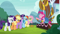 """Pinkie Pie """"I should totally play more!"""" S8E18"""