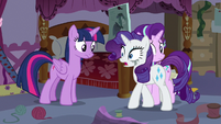 """Rarity """"overheard those two at the cafe"""" S7E14"""