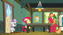 Sweetie -the Social's gonna start in a few hours- S5E17
