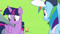 """Twilight Sparkle """"Vapor's keeping a pretty big secret"""" S6E24"""