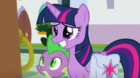 Twilight grins in nervous anticipation S9E5