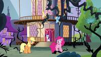 Applejack -half of Equestria- S4E01