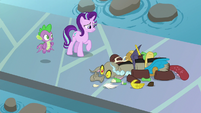 Discord in pieces on the ground S8E15
