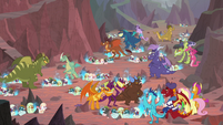 Hatching grounds filled with newborn dragons S9E9