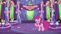 Pinkie Pie has an idea S7E1