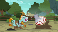 Rockhoof struggling to draw the axe S7E16