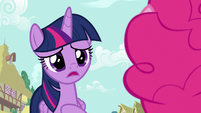 """Twilight Sparkle """"I just saw Rarity"""" S7E14"""