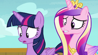 Twilight and Cadance disturbed by princess shirts S7E22
