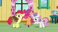 Apple Bloom taking out Zecora's book S9E12