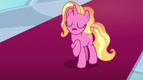 """Luster Dawn """"I think it's better"""" S9E26"""