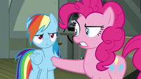 Pinkie Pie looks disapprovingly at Rainbow Dash S7E18