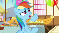 "Rainbow Dash ""or maybe medium?"" S7E23"