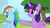 Twilight -they're too busy practicing- S4E10