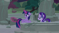 """Twilight Sparkle defeated """"you're right"""" S7E25"""
