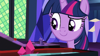 Twilight sees marble roll toward her piece S7E24